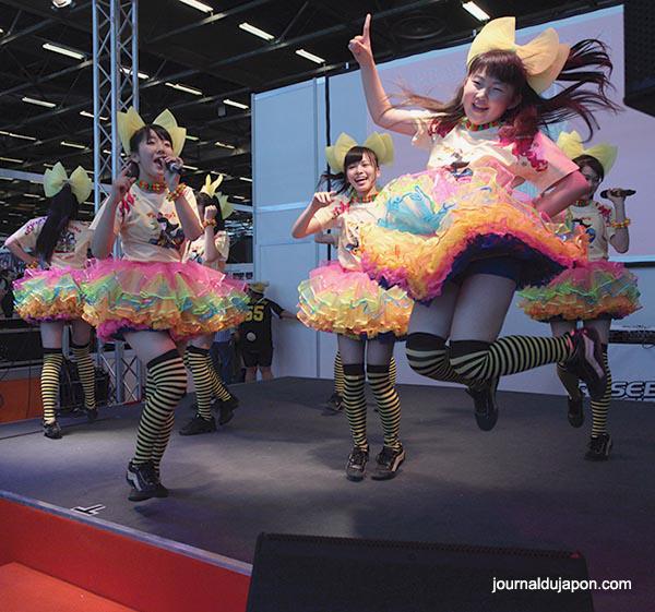 Les idols étaient partout  - Photo N. Parent ©journaldujapon.com - Tous droits réservés