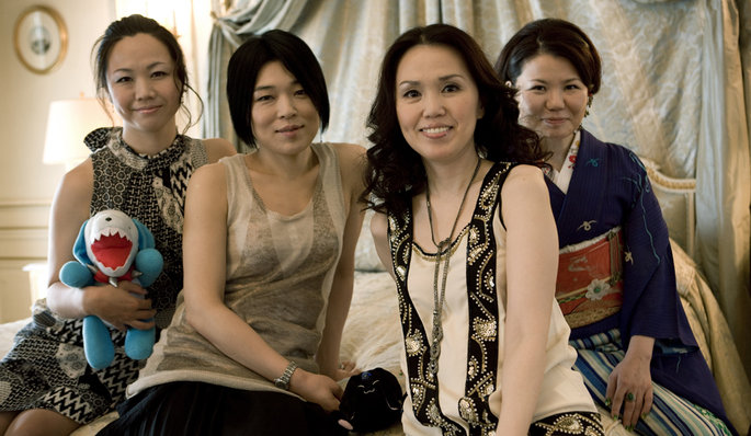 CLAMP en 2009 en France. De g. à d. : Satsuki IGARASHI, Tsubaki NEKOI, Nanase OHKAWA et Mokona.