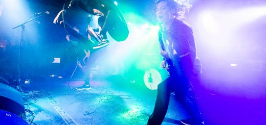 Crystal Lake au Backstage