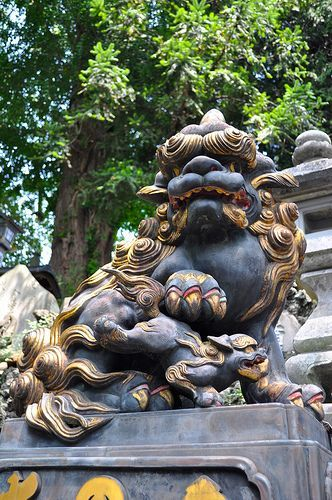 Komainu au  temple Narita-san Shinsho-ji à Narita