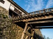 Un pont qui permet de passer l'une des enceinte du château