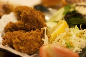 Huîtres panéées, spécialité d'Hiroshima et de Seto