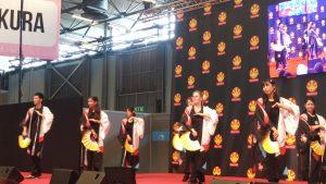 La troupe en pleine danse à Japan Expo 2016