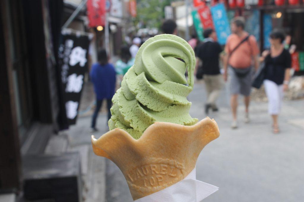 La glace au thé vert fait le plus souvent l'unanimité. Crédits: Flickr
