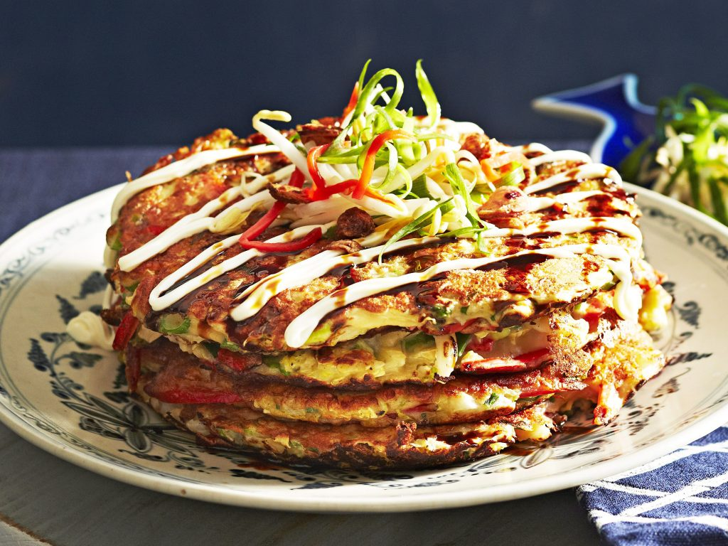 L'okonomiyaki est un plat très apprécié des touristes. Crédits: foodtolove