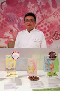 Le chef Shigeyuki OISHI sur le stand Tokyo Chocolate , Salon du chocolat de Paris 2017 ©Vi TOAN