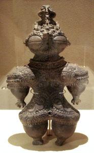 Dogû, statuette de la période Jômon (musée national de Tokyo)