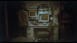 L'image hantée transmise par internet dans Kaïro, 2001 ©Nippon television network