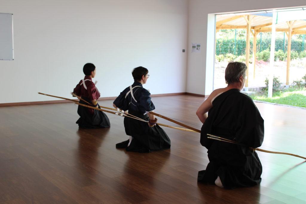 Cérémonie de tir à l'arc japonais, au kyudojo de Noisiel