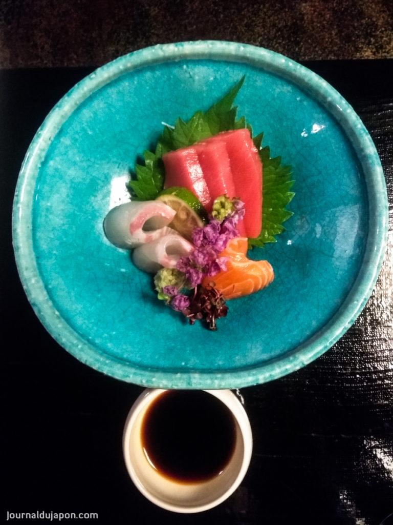 Sashimi de poissons du lac Biwa.