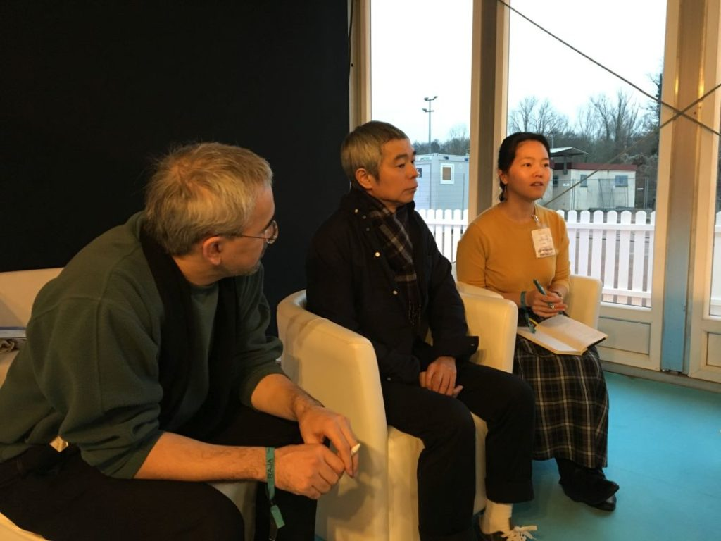 Taiyô Matsumoto entouré de ses interprètes © Journal du Japon