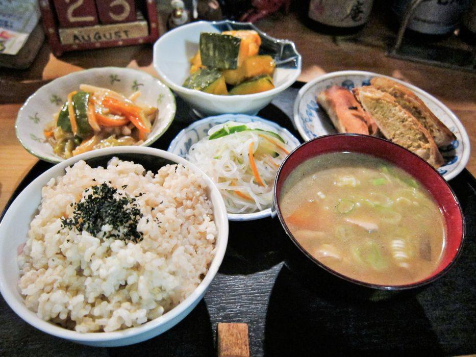 vegetarian-japan-2-933x700