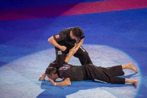 Photographie de l'eskrima au festival d'arts martiaux avec Mitchell Tsia