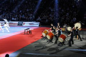 Le Paris Taiko Ensemble lors du festival des arts martiaux