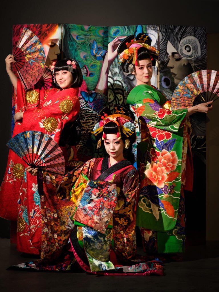 Mifumi AOI, Tomato INAMI, Nao MAMIYA et Anna OTSUKA, les courtisanes de KOOYA