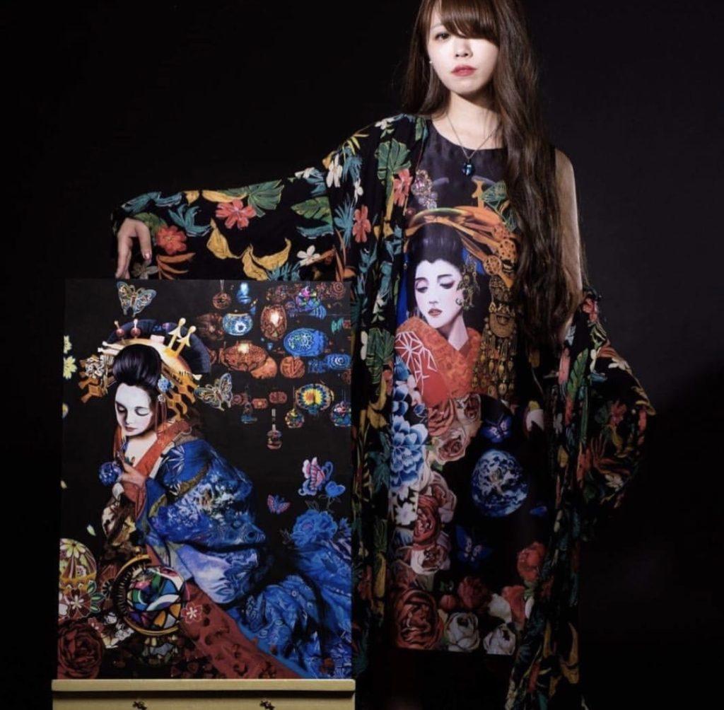 Maika KOBAYASHI artiste et productrice de la troupe KOOYA