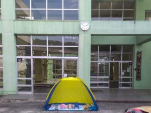 Les personnage de Yuru camp hante le collège Shimobe ©Pascal