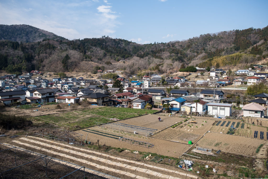 La vue sur le village depuis le collège Shimobe Crédits photo : Pascal Voglimacci ©journaldujapon.com – Tous droits réservés.