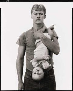 John Harrison, vendeur de bois, avec sa fille Melissa à Lewisville (Texas) (22/11/1981)