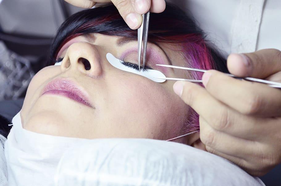 estetica-beauty-salon-eyebrows-tab