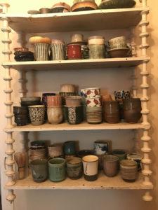 Collection de tasses japonaises de Stéphanie de Bussierre, fondactrice des éditions Akinomé