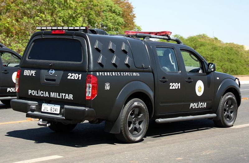 Voiture de marque Nissan de Batalhão de Operações Especiais Polícia Militar do Distrito Federal