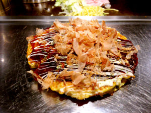 Okonomiyaki_in_Osaka