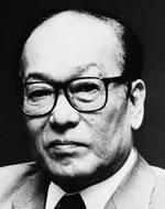 Akira Yoshimura : portrait (site éditions Actes Sud)