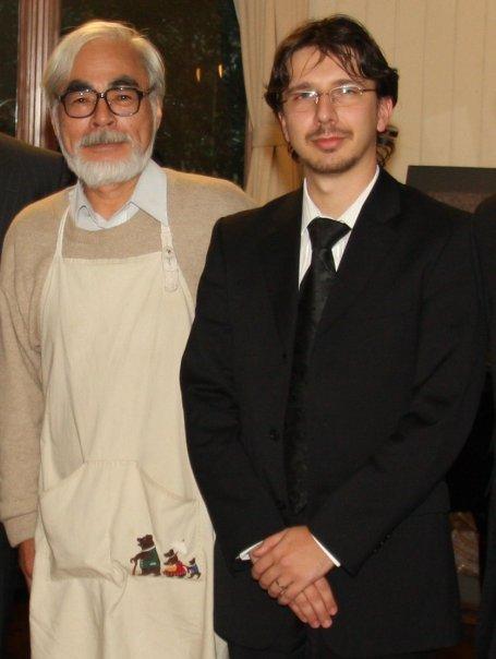 Hayao Miyazaki et Cédric Biscay et son costume Carrefour !