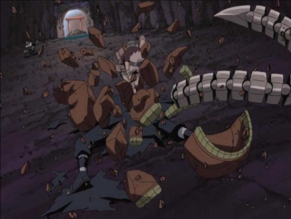 Sakura détruisant la marionnette Hiruko de Sasori