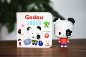 Gadou découvre le Japon de Mr Tan : coffret livre et figurine